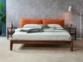 木之忆 北欧气概 北美入口白腊木 优良松木床板 耐久耐用 高密度海绵 时髦橙超纤皮靠背 1.8*2.0m双人床