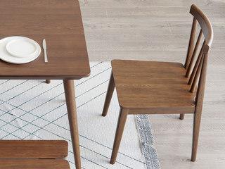 北欧风格 榉木坚固框架 胡桃色 餐椅